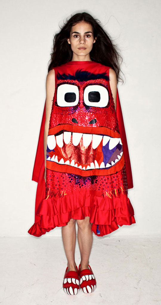red_monster_dress_bas_kosters