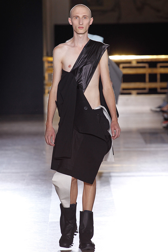 Rick-Owens-Menswear-Spring-2015-Look-12